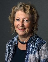 Profile image for Councillor Vivienne Leighton